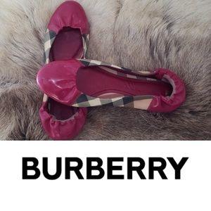 Burberry ballet flats
